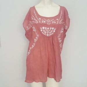 Size XL Maurices rayon mauve top with flowers